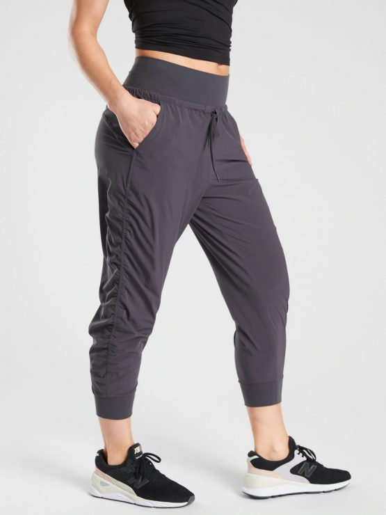 Athleta Attitude Crop Pant 417013 Athleta size 2
