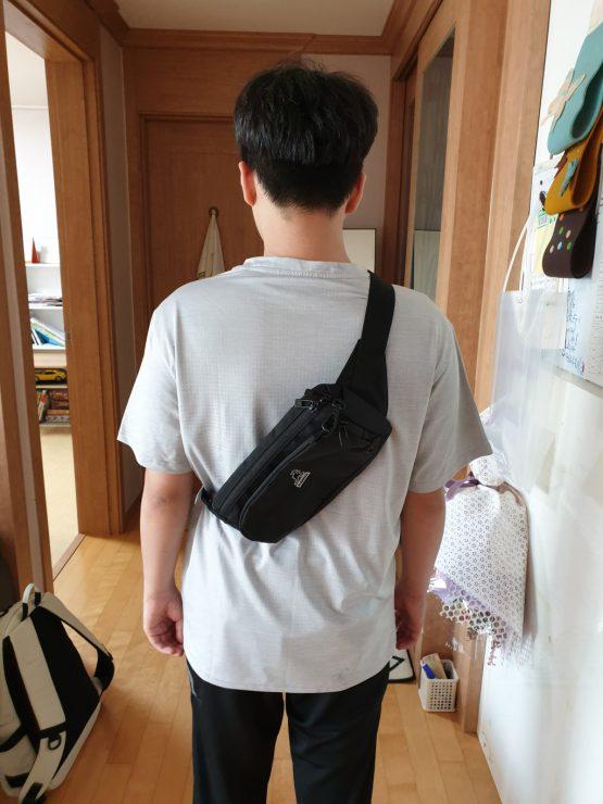 Kangol Keeper Sling Bag 1215 Black Kangol