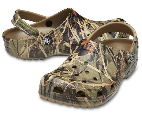 Crocs 12132 Classic Realtree® V2 size M5