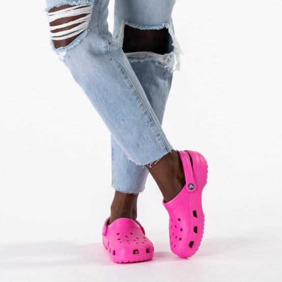 Crocs 521131 Classic Clog – Electric Pink M9